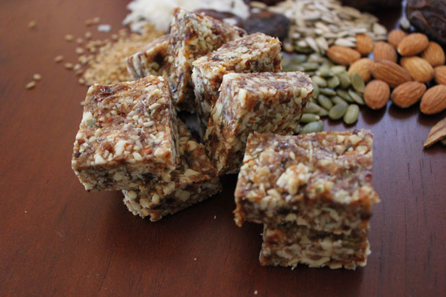 Post image for Balance-loves-you fruit and nut bars