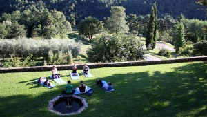 Villa Benvenuti Lucca Retreat Restorative Yoga on Terrace